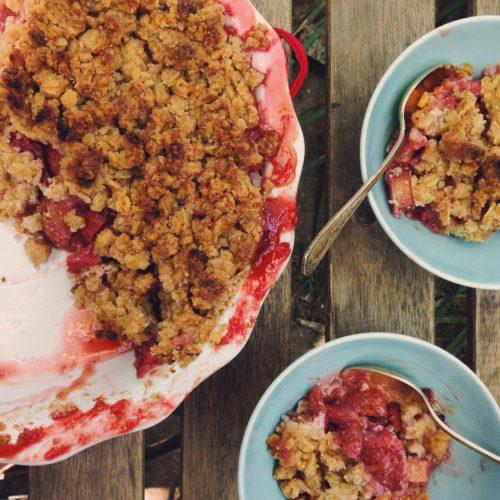 Strawberry Rhubarb Crumble Kale Amp Caramel