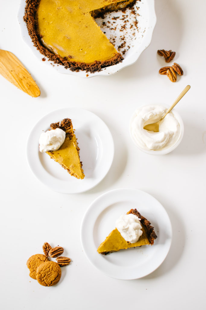 Caramelized Pecan Pumpkin Pie With Gingersnap Crust