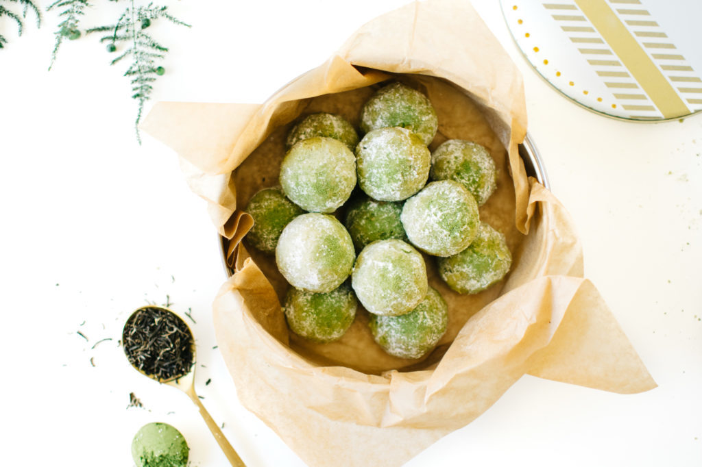 JASMINE MATCHA SNOWBALL COOKIES (VEGAN). | Kale and Caramel