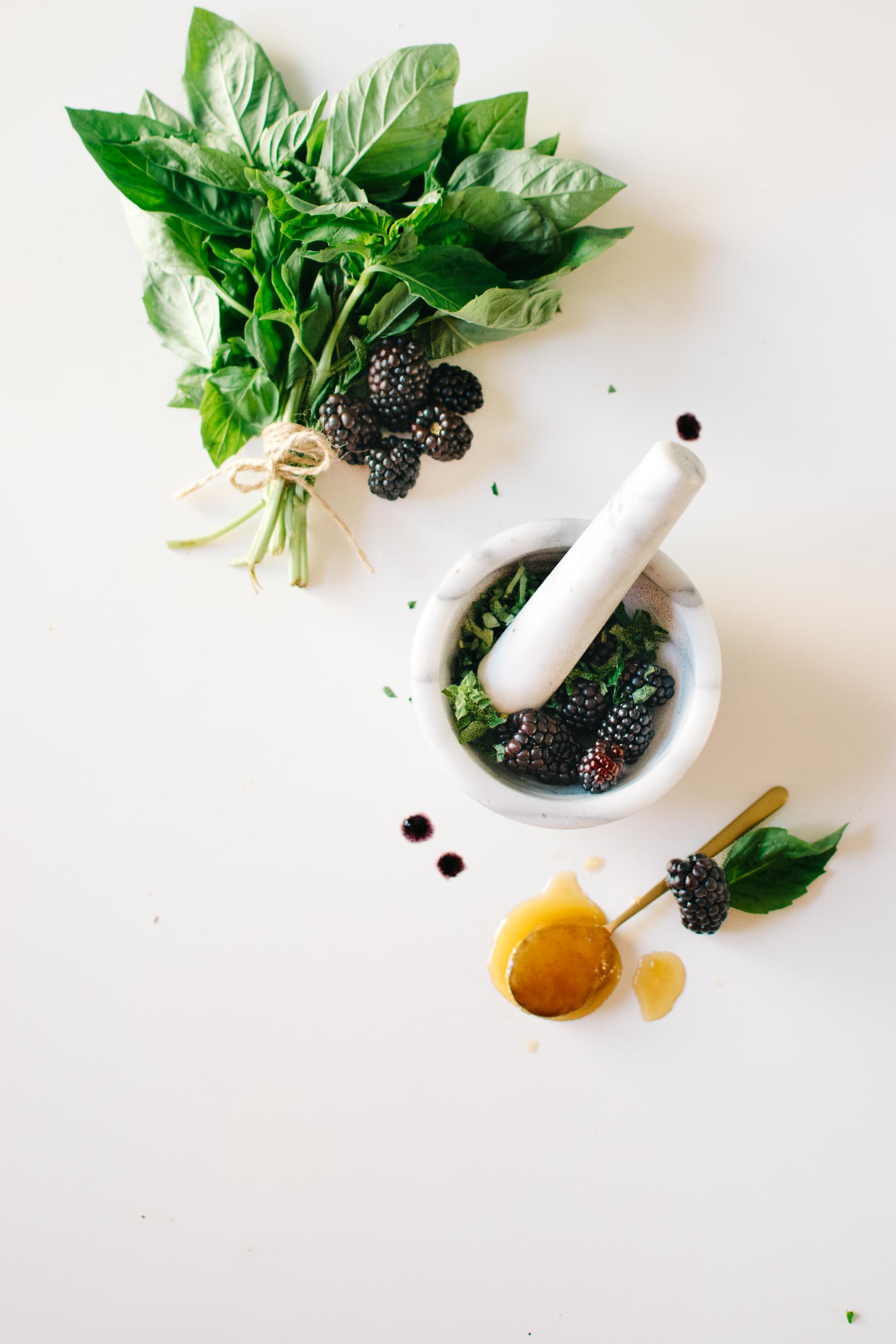 full table blackberry basil diy face mask