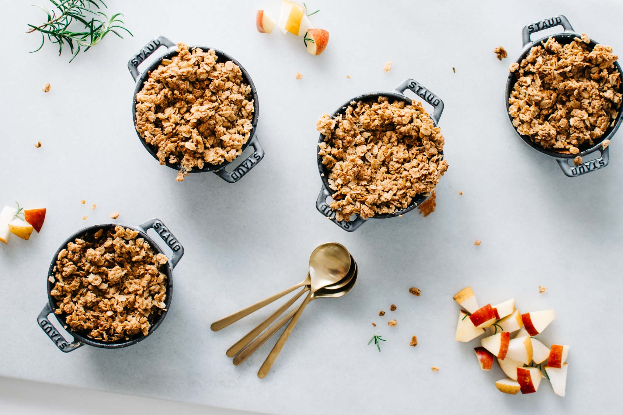 ASIAN PEAR & APPLE CRISP WITH MAPLE ROSEMARY CRUMBLE + A COOKBOOK ...