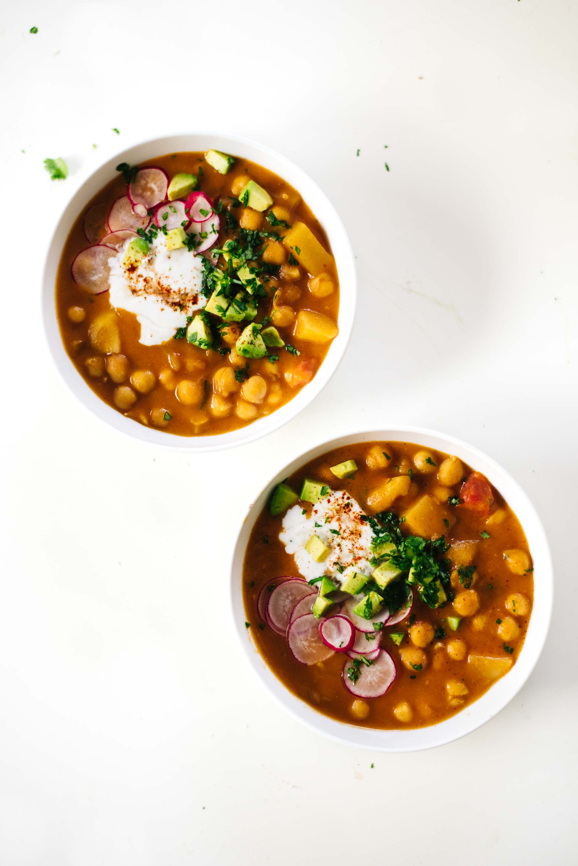 Hearty Chipotle Chickpea Soup